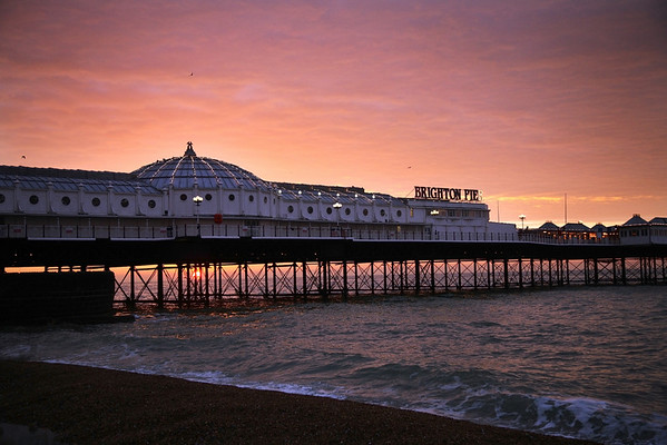 brighton pier sunrise
