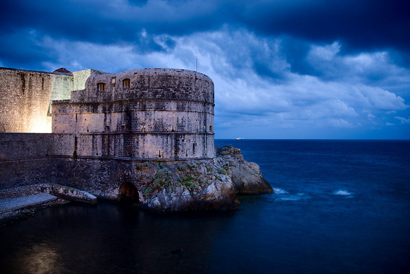 night city wall 3 dubrovnik croatia