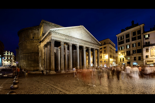 pantheon at night rome