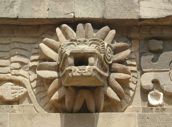 teotihuacan carving